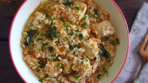 Vegetable Red Rice with shredded fish